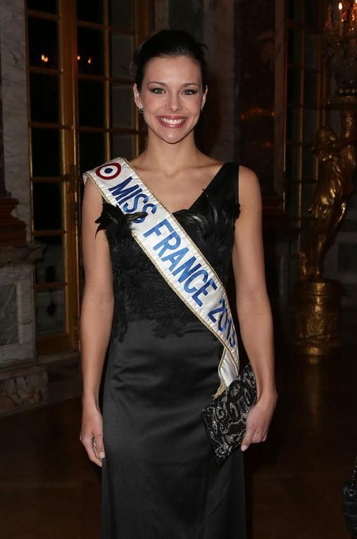 Marine Lorphelin (Miss France 2013) et Sylvie Tellier au Château de Versailles le 4 février 2013