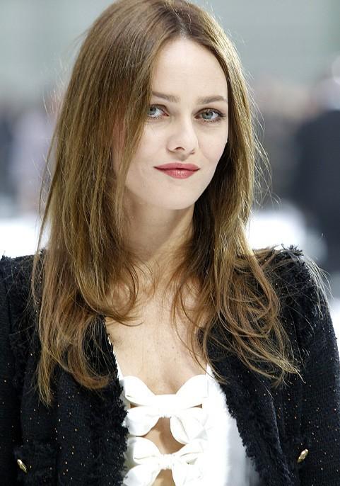 Johnny Depp peut être fière d'elle : Vanessa Paradis a ramené 1,3 million d'euros !