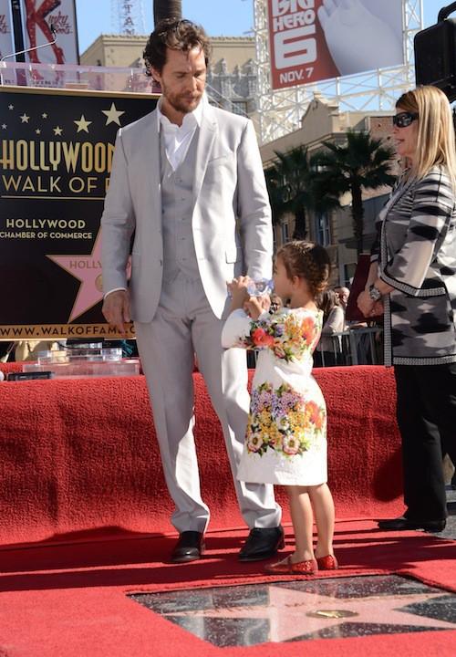 Photos : Matthew McConaughey : en famille pour recevoir son étoile sur le Walk of Fame !