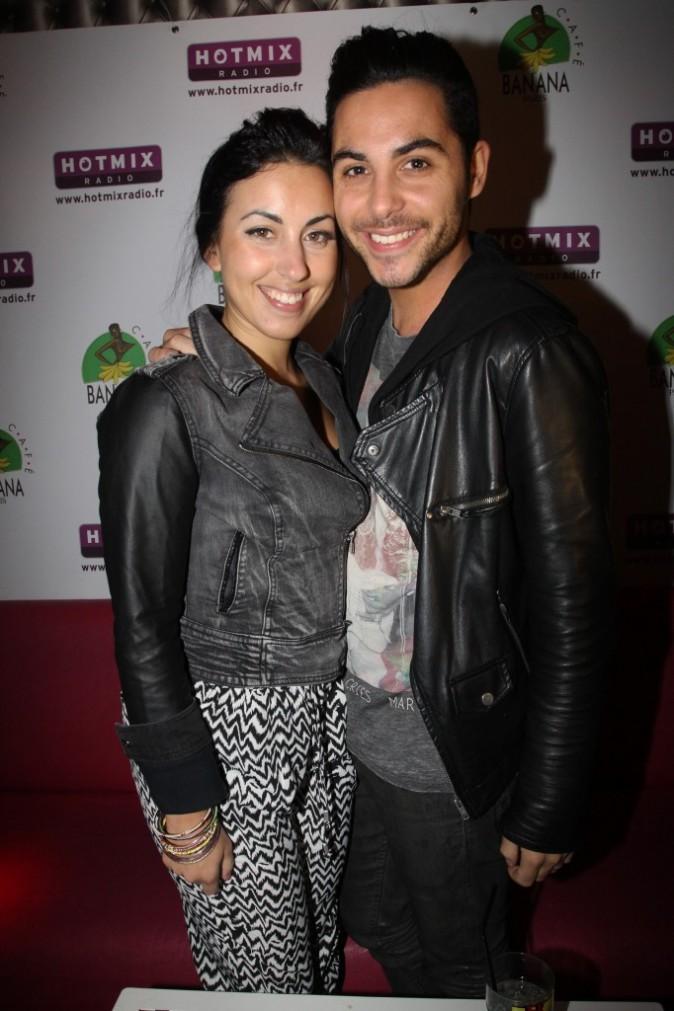 Maude et Alban des Anges 5 durant dans les locaux de la radio HotMix à Paris, le 22 avril 2013.