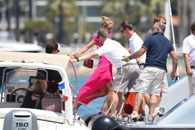 Heidi a fini sa balade sur un luxueux yacht