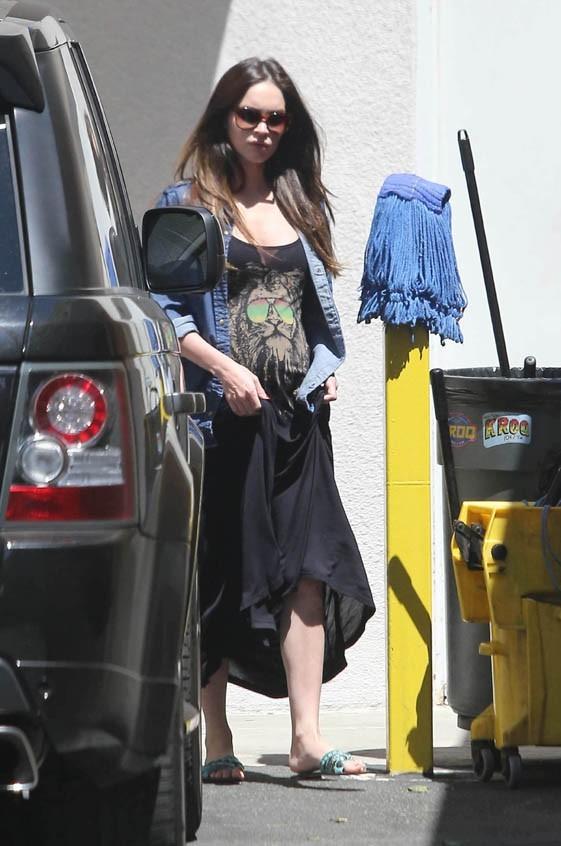 Megan Fox à la sortie d'un restaurant de Los Angeles le 29 juillet 2012