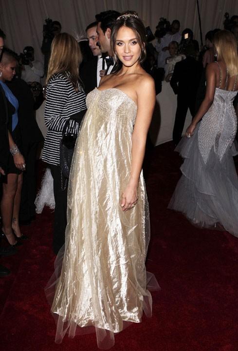Jessica Alba, toujours la reine des tapis rouges !