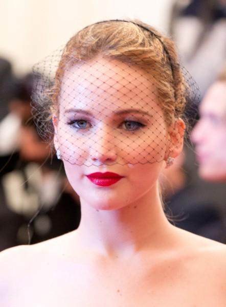 L'actrice Oscarisée a osé la voilette