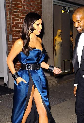 Kim Kardashian a un soucis de culotte...