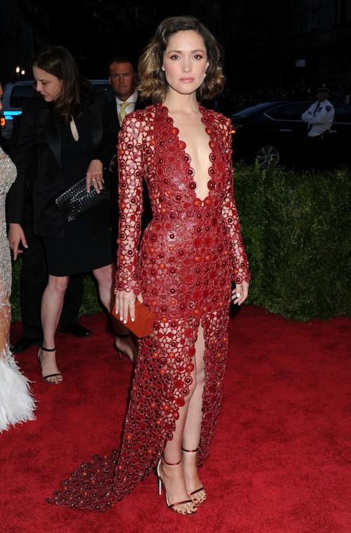 Rose Byrne en Calvin Klein Collection au Met Gala, le 4 mai 2015