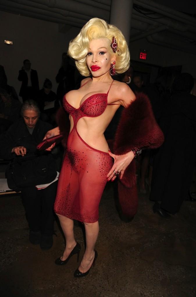 Amanda Lepore lors du défilé The Blonds à New York, le 16 février 2011.