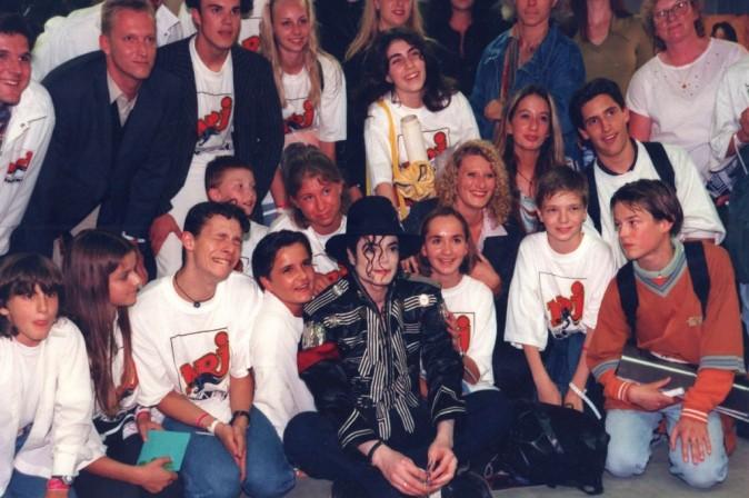 Michael Jackson , toujours disponible pour ses fans... En juillet 1997, juste avant son concert à Munich !