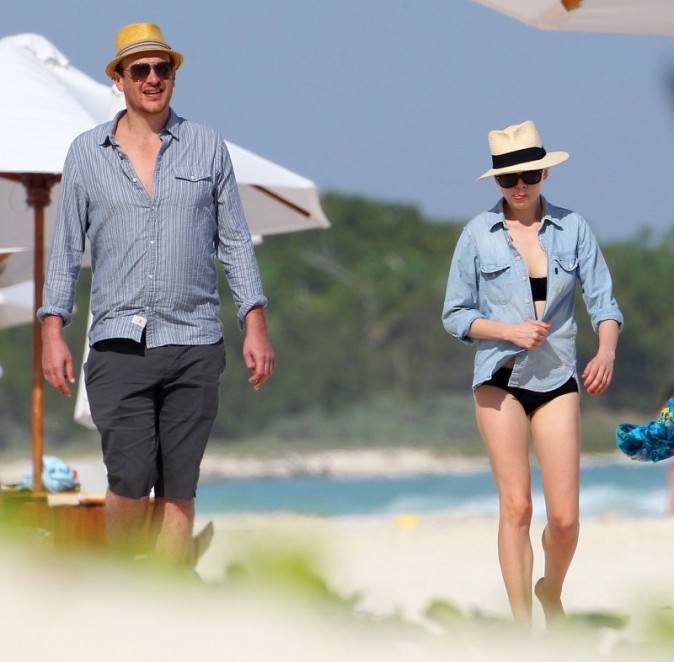 Jason Segel et Michelle Williams à Cancun, le 2 janvier 2013.