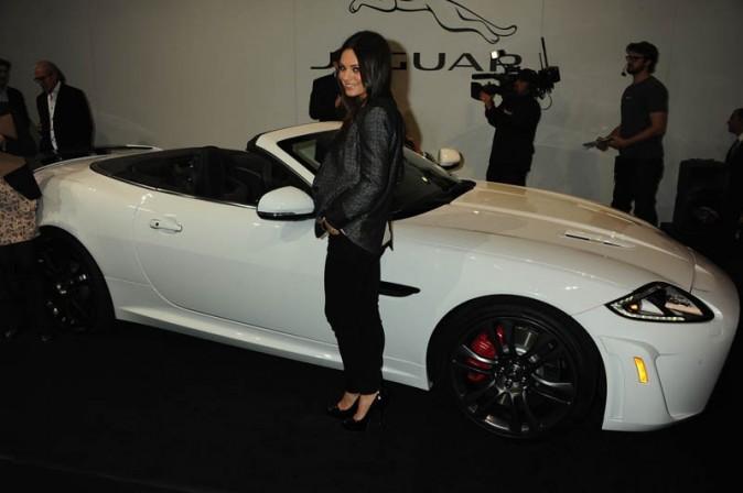 Mila Kunis à la soirée Jaguar hier à Los Angeles