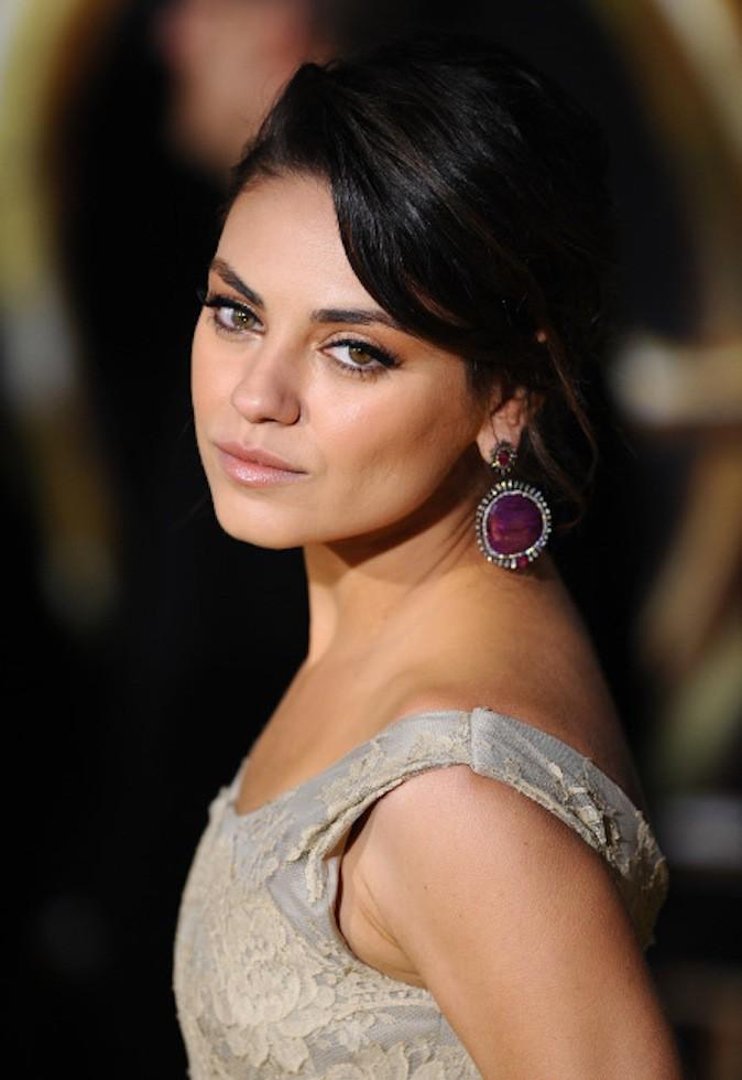 Mila Kunis a les yeux vairons !