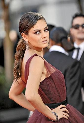 Photo : Mila Kunis aux Emmy Awards