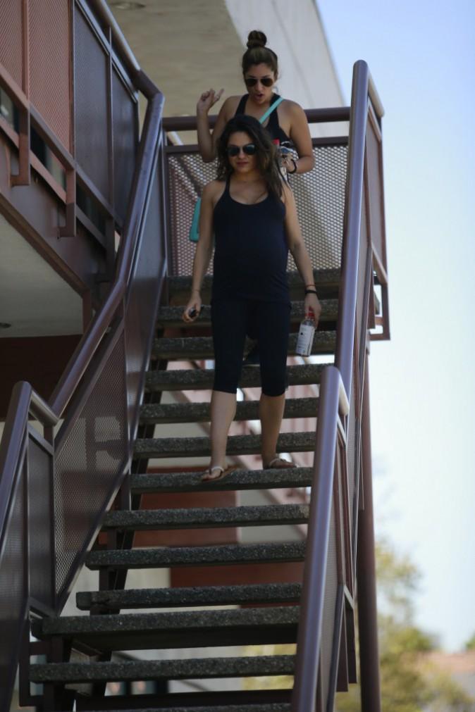 Photos : Mila Kunis : session yoga avant l'arrivée de bébé !