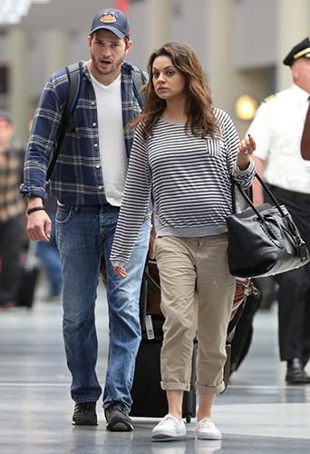 Ashton Kutcher et Mila Kunis à La Nouvelle-Orléans le 19 avril 2014