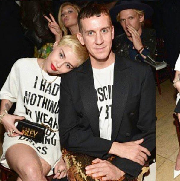 Miley Cyrus au Daily Front Row Fashion Los Angeles Awards Show