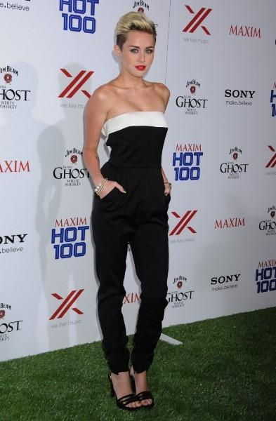 Miley Cyrus a célébré son statut de femme la plus hot de l'année, Los Angeles, le 15 mai 2013
