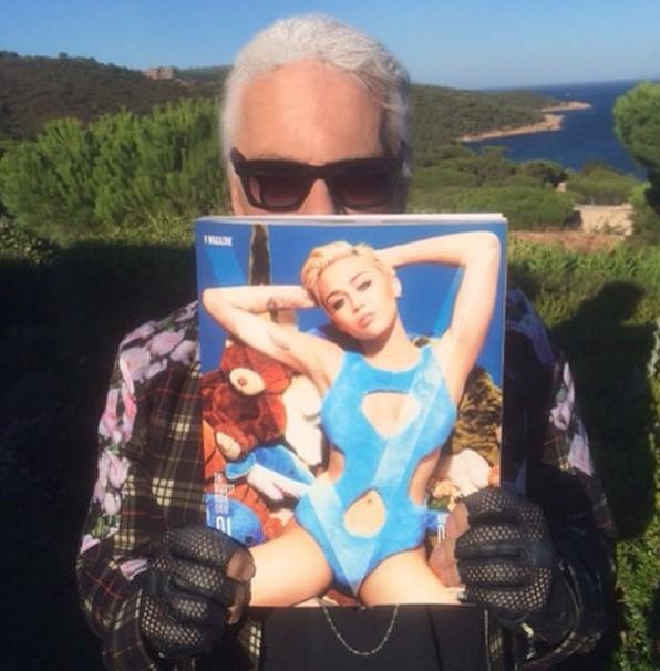 """Miley Cyrus : elle dévoile un peu plus sur sa collaboration """"rebelle"""" avec Karl Lagerfeld !"""