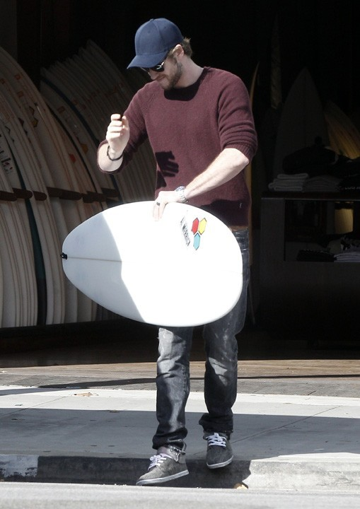 Liam Hemsworth et Miley Cyrus en sortie shopping à West Hollywood le 7 janvier 2013