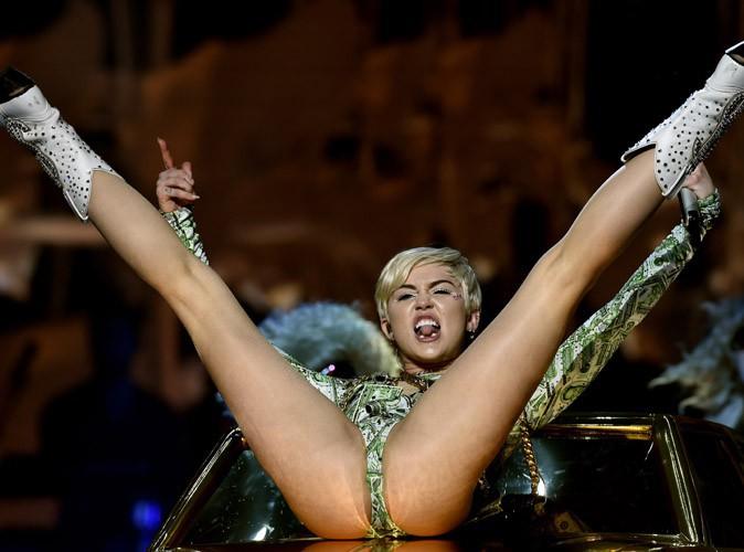 Miley Cyrus : en très grande forme pour la première date française de son Bangerz Tour à Montpellier !