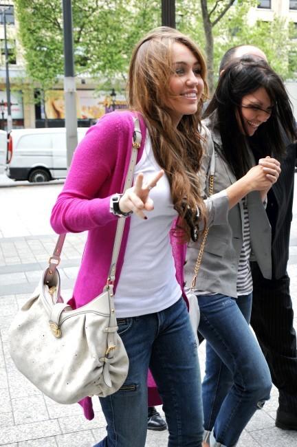 Miley et ses longs cheveux à l'époque de Hanna Montana