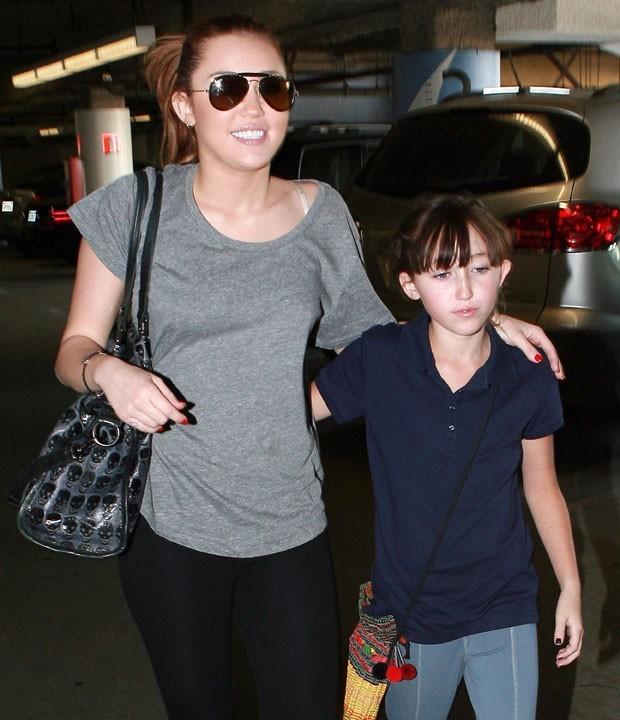 Vous pensez que Noah sera un jour aussi célèbre que sa grande soeur, Miley Cyrus ?
