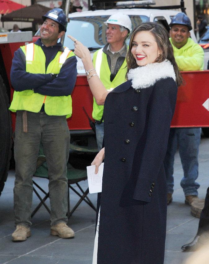 Photos : Miranda Kerr est humaine, la preuve : elle aussi peut avoir des photos ratées !