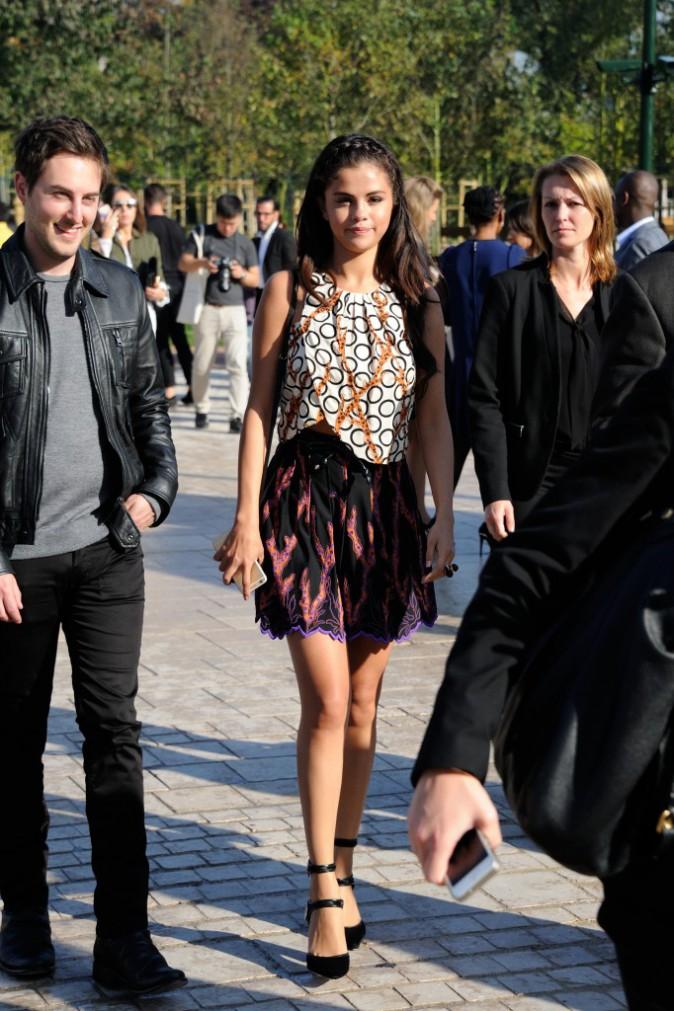 Selena Gomez au défilé Louis Vuitton le 1er octobre 2014