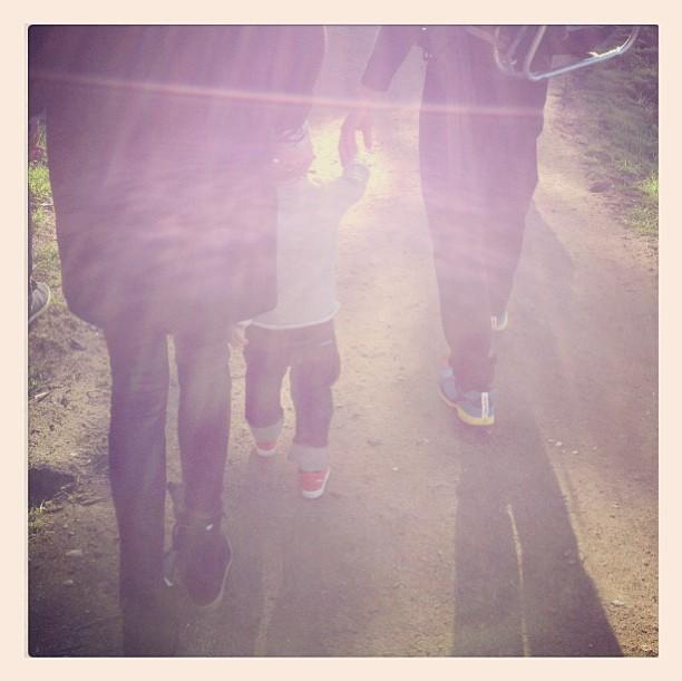 Miranda, Orlando et Flynn en balade familiale le 4 janvier 2013.
