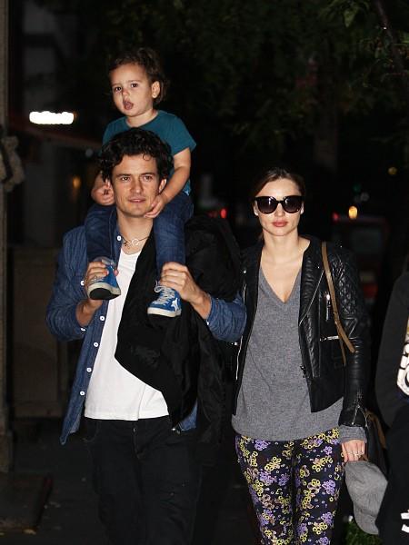 Miranda Kerr en famille à New York, le 7 octobre 2013.