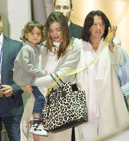 Photos : Miranda Kerr : retrouvailles joyeuses avec Flynn en Australie !