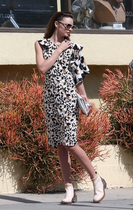Miranda Kerr en shooting pour Paul Smith à Los Angeles le 3 mars 2013