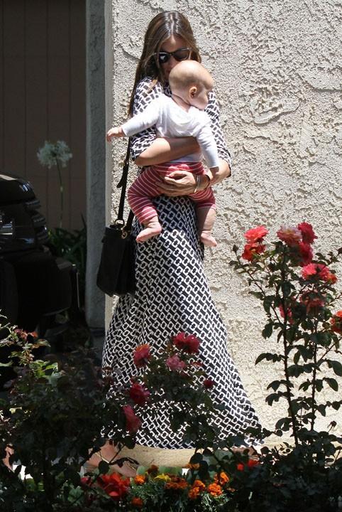 Miranda Kerr en visite chez un proche à Santa-Barbara