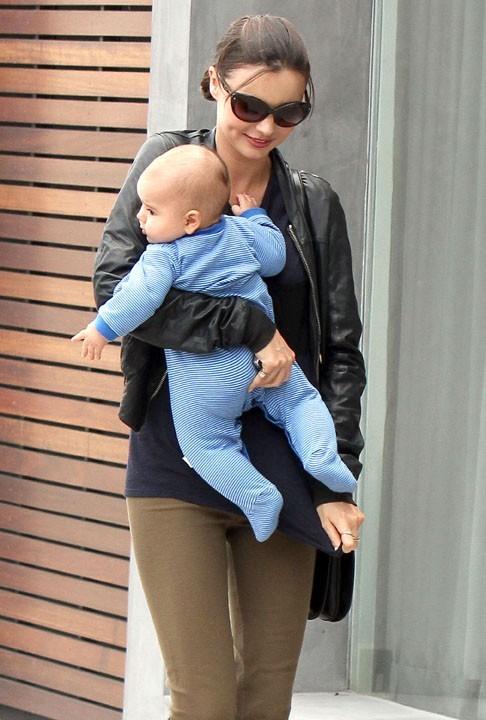 Miranda Kerr : son bébé Flynn lui vole à chaque fois la vedette !