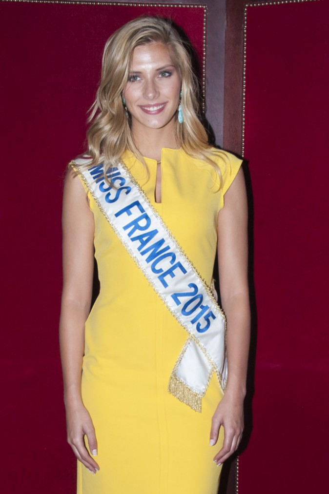 Photos : Miss France 2015 rayonne pour les Victoires du Tourisme !