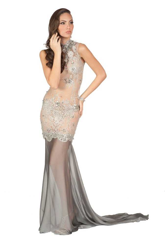 Miss Pérou en robe de soirée