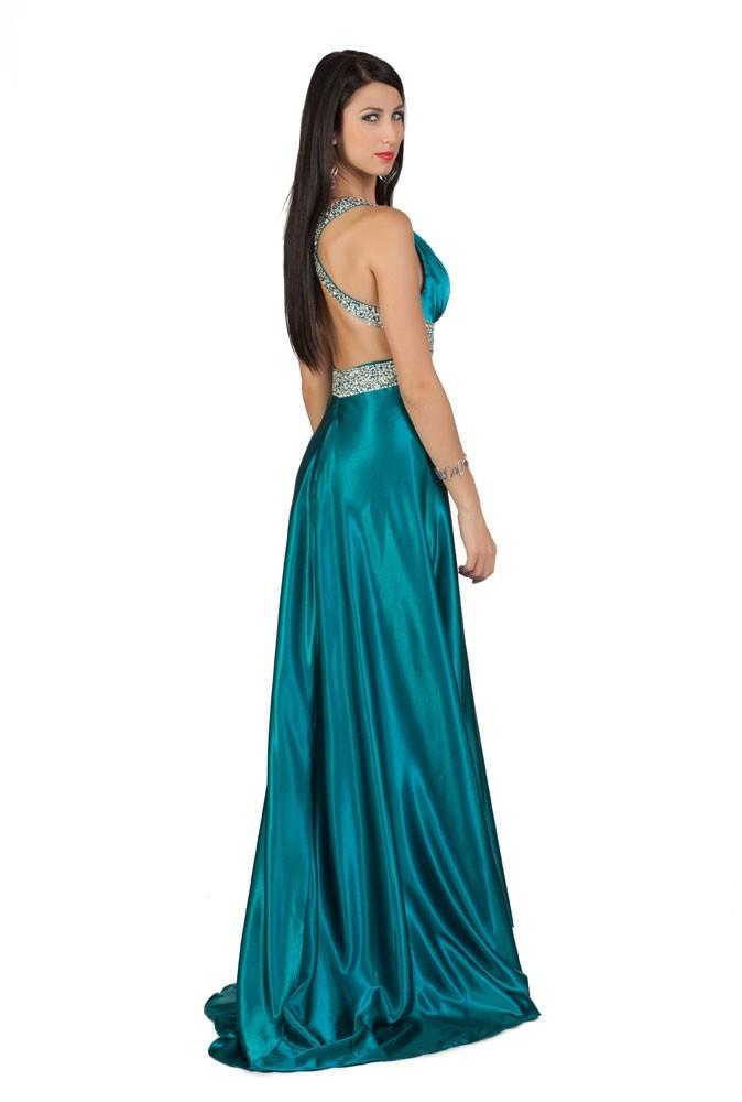 Miss Slovénie en robe de soirée