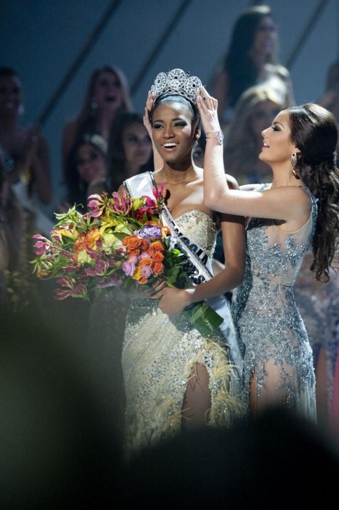 Miss Univers 2011, Leila Lopes, lors de son sacre à Sao Paulo, le 12 septembre 2011.