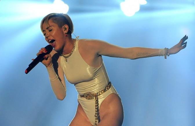 Miley Cyrus aux MTV European Music Awards, à Amsterdam, le 10 novembre 2013