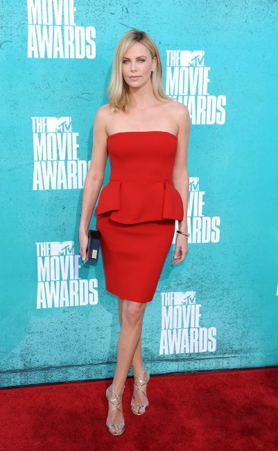Charlize Theron lors des MTV Movie Awards à Universal City, le 3 juin 2012.