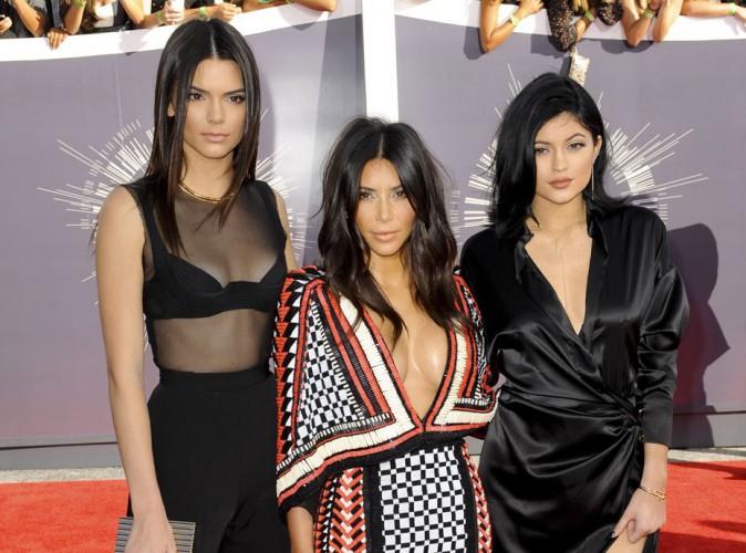MTV VMA 2014 : Kim Kardashian, Kendall et Kylie Jenner : un trio glam et sexy !