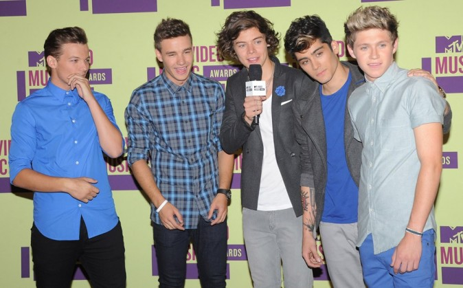 One Direction à la cérémonie des MTV Video Music Awards 2012 à Los Angeles