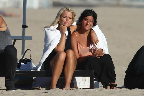 Caroline Receveur sur le tournage d'Hollywood Girls à Los Angeles, le 30 juillet 2013.