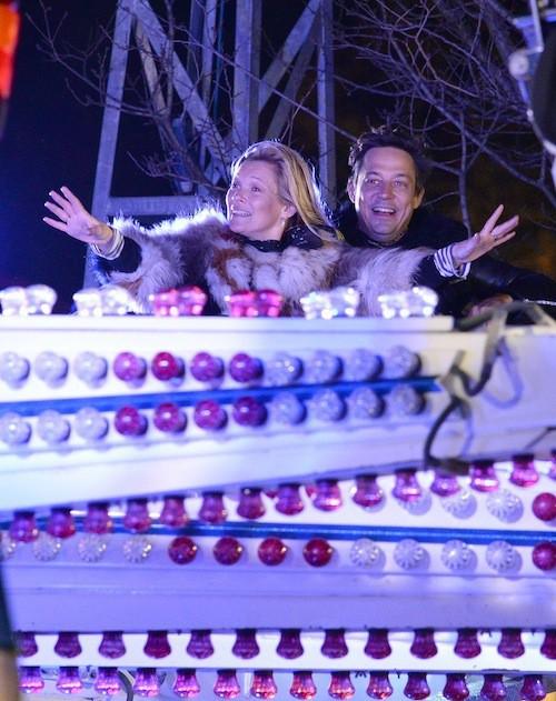 Photos : Naomi Campbell et Kate Moss : surexcitées pour des retrouvailles à la fête foraine !