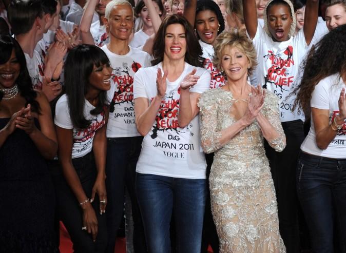 Naomi Campbell et Jane Fonda, au centre !