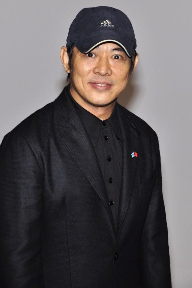 Mais pourquoi une casquette chez Jet Li ?