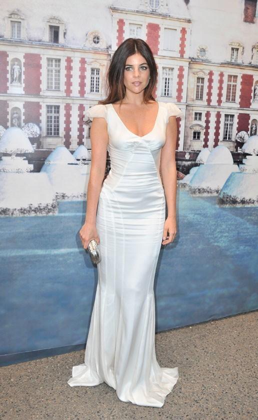 Julia Restoin-Roitfeld lors de la soirée White Fairy Tale Love Ball à Paris, le 6 juillet 2011.