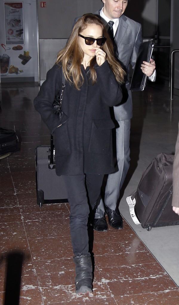 Natalie Portman à l'aéroport Roissy Charles de Gaulle le 24 janvier 2013
