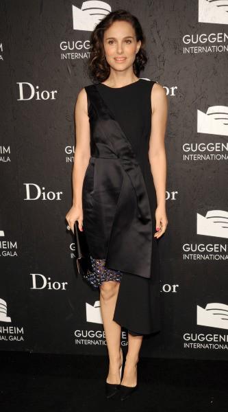 "Natalie Portman lors du ""Guggenheim International Gala 2013"" à New York, le 7 novembre 2013."