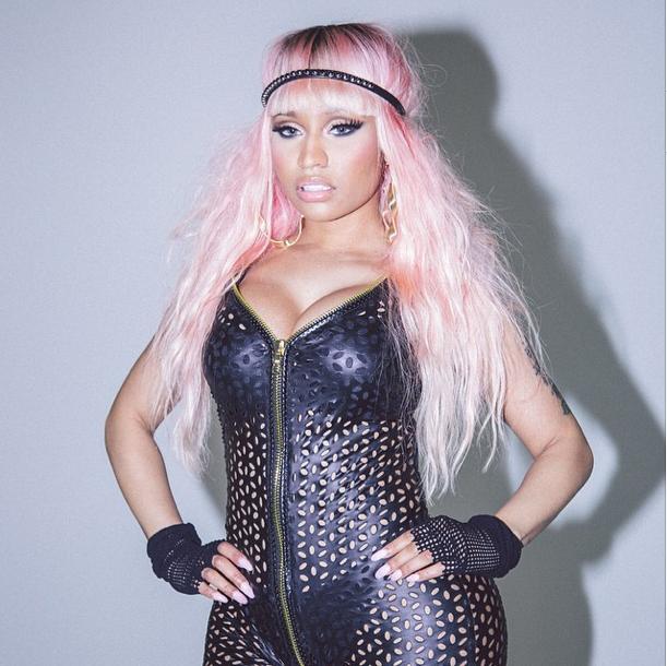 Photos : Nicki Minaj : Anaconda est de retour, tout en cuir et en finesse !