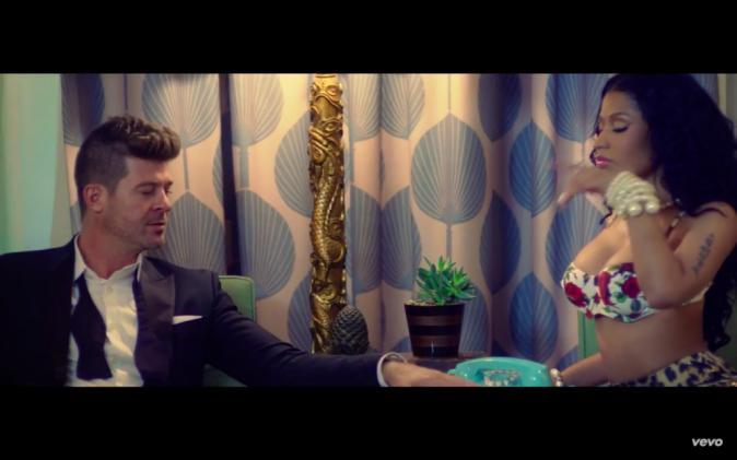 Nicki Minaj : Bien accrochée à Meek Mille, les airbags sont de sortie... Et son clip avec Robin Thicke aussi !